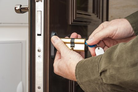 Miami Super Locksmith Miami, FL 305-894-9389